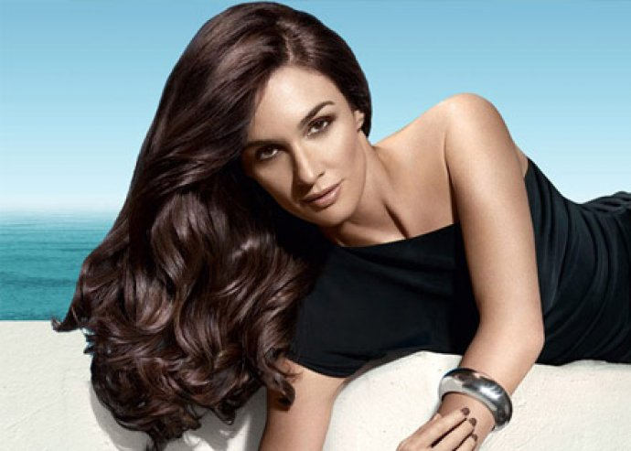 Legyen vadi új frizurád ezen a nyáron! Mosás, vágás, szárítás, festés, mély hidratáló argánolajos pakolás!