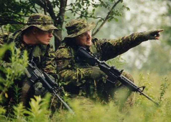 Válj te is katonává! 3 órás izgalmas Airsoft játék most 300 darab golyóval személyenként