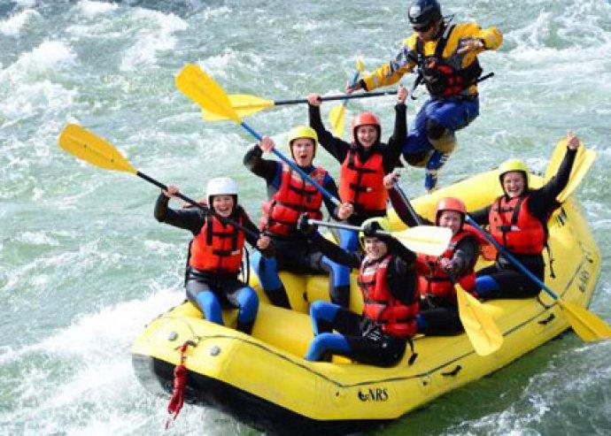 Élményekben gazdag rafting túra Szlovákiában, vagy 3 napos adrenalin hétvége Pozsonyban
