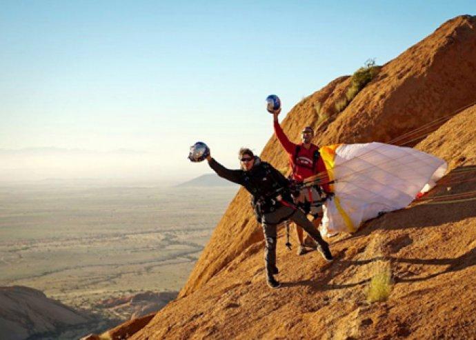 Szabadon a levegőben, mint a madár! 2 napos siklóernyős elméleti és gyakorlati képzés