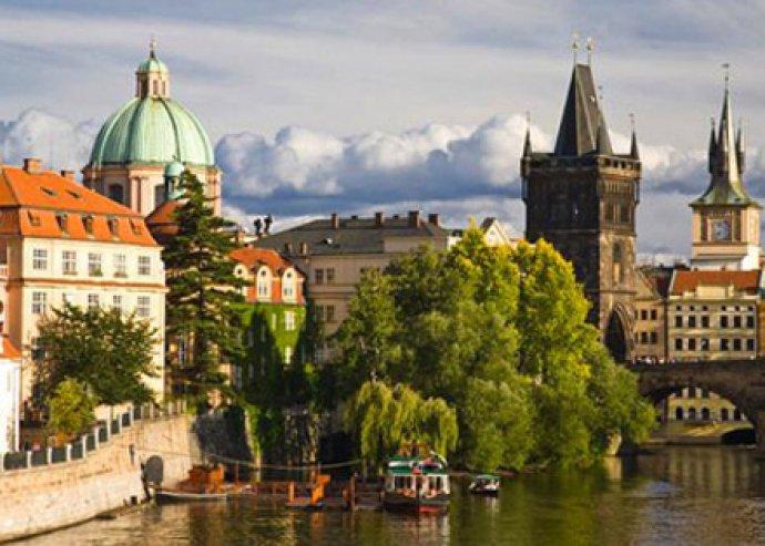 Prágai pihenés - 5, 4 vagy 3 nap 2 főre reggelivel, welcome drinkkel, belépővel az Óvárosi Hídtoronyba