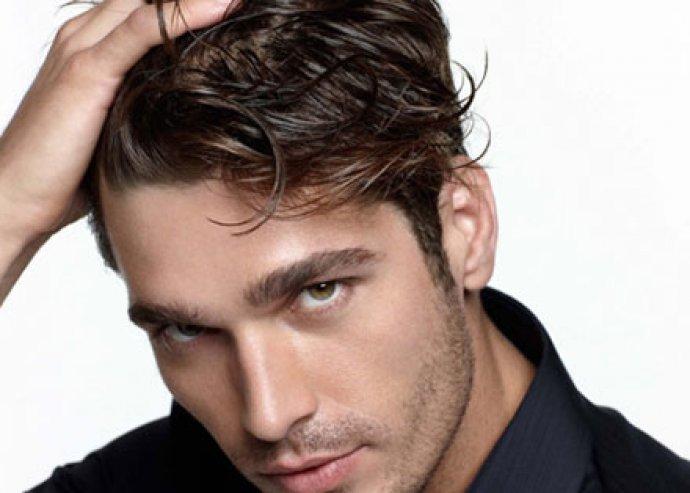 Légy ellenállhatatlan! Nyári férfi hajmosás, vágás és szárítás a sármos külsőért, a belvárosban