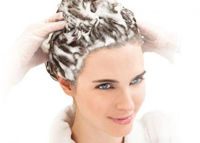 Férfi vagy női mosás, vágás, szárítás, és tápláló, keratinos pakolás bármilyen hosszúságú haj esetén