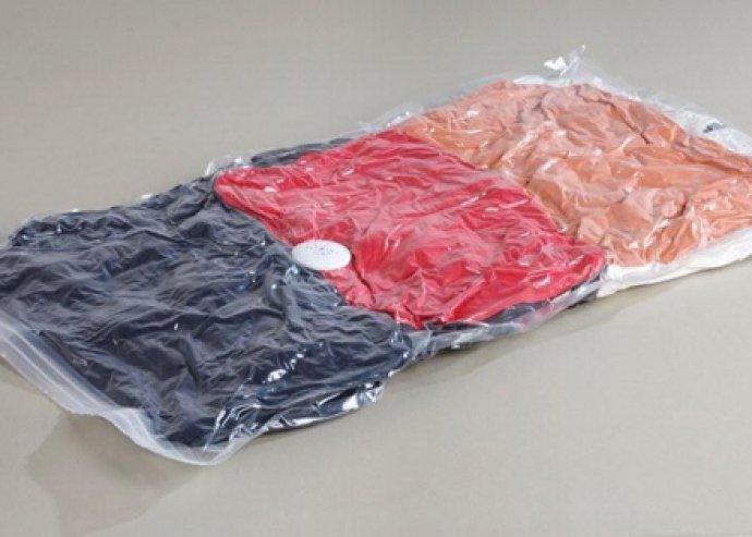 Helytakarékos kiegészítő a praktikus megoldások híveinek - 3 db vákuumos tároló zsák