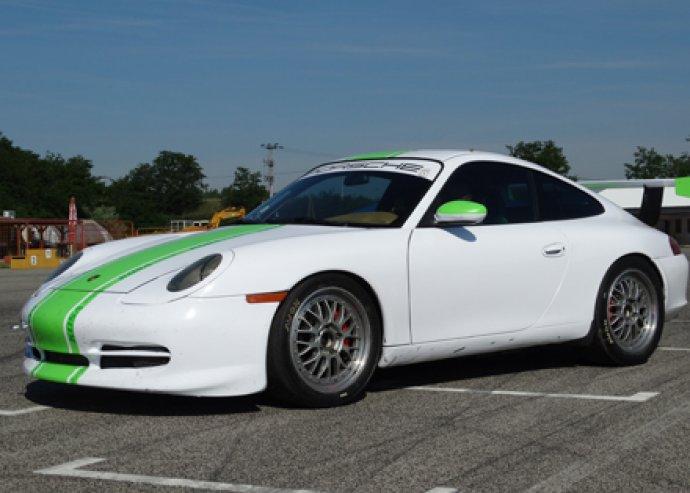 Versenyautó vezetés VAGY élményautózás egy igazi sportos Porscheval - életre szóló élmény!