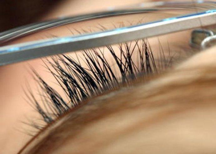 Tedd hangsúlyosabbá szemeid! Rendkívül tartós 3D műszempilla felhelyezés a csábos tekintetekért