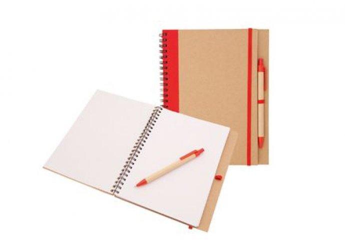 Legyél környezettudatosan felkészült minden helyzetben – számológép és újrahasznosított jegyzetfüzet tollal!