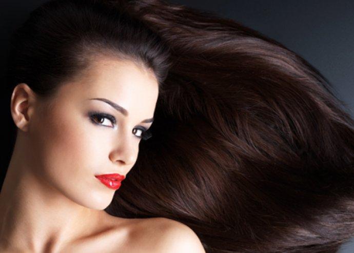 Női hajmosás, vágás, szárítás és kreatinos pakolás bármely hosszra egy profi mesterfodrásztól, a belvárosban