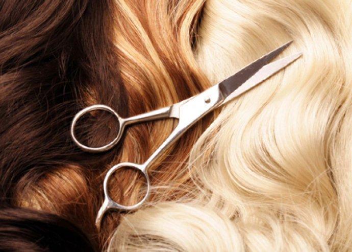 Férfi vagy női mosás, vágás, szárítás, és tápláló, keratinos pakolás a London Hairben