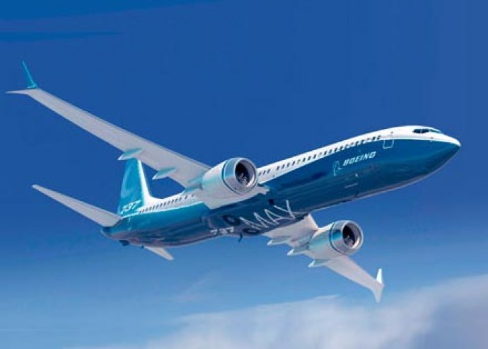 Vezess egy óriási Boeing 737-es utasszállítót! Egy órás repülőgép szimulátor vezetés és 4 óra oktatás