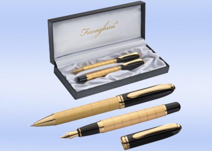 Ferraghini arany tollkészlet, kéken író golyóstoll és töltőtoll, fekete lakkozott felülettel, díszdobozban
