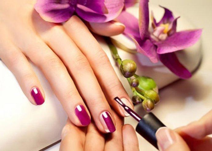 Crystal Nails - Gél lakkozás - Legyenek szép és ápolt körmeid! Kövesd a divatot a körmeiddel is!