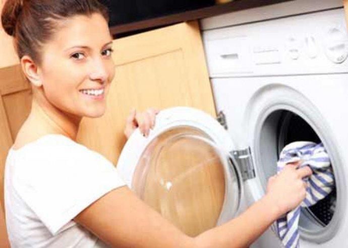 Új BIOAKTÍV folyékony mosó gél színes és fehér ruhákhoz!