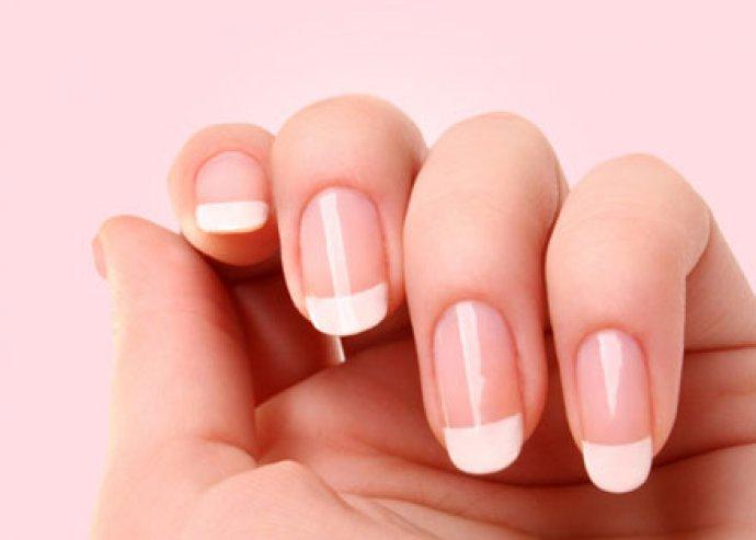 Műköröm,  ajándék díszítés crystal nails termékekkel