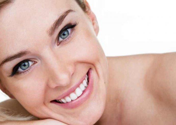 Ultrahangos fogkő-eltávolítás. polírozás és LED lámpás fogfehérítés