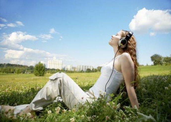 Zeneterápiás relaxáló svédmasszázs 60 percben