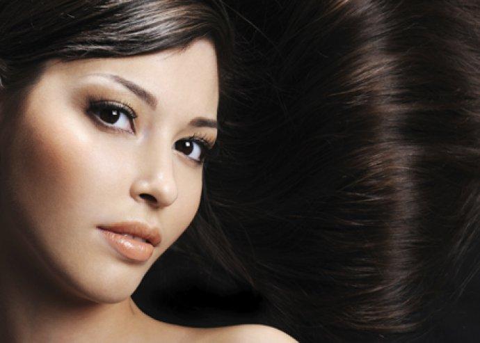 Mosás- vágás- szárítás, ajándék hajpakolással