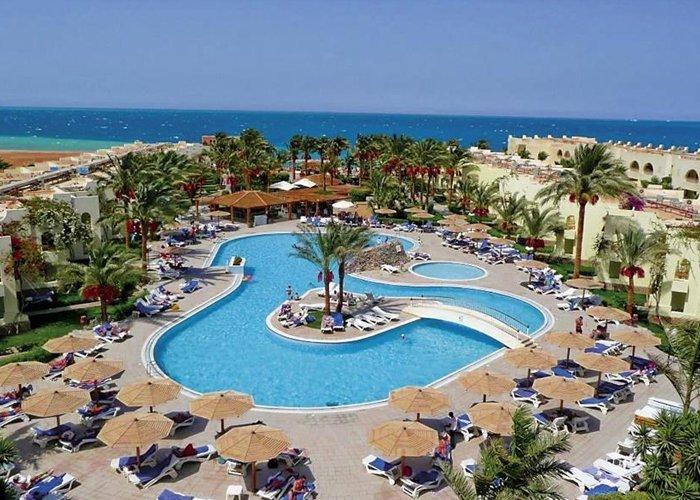 8 napos nyaralás Hurghadán, all inclusive ellátással, repülővel, transzferrel, a Palm Beach Resortban****