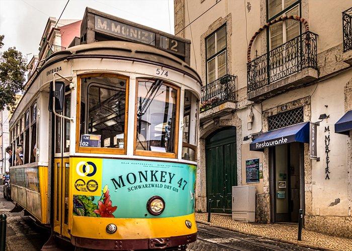 5 napos városnézés 2 főre Lisszabonban, reggelivel, repülőjeggyel, illetékkel, 3*-os szállásban