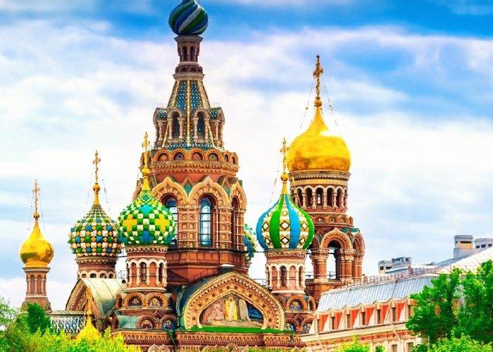 5 nap Szentpéterváron, repülővel, helyi busszal, reggelivel, idegenvezetéssel, kirándulásokkal, programokkal