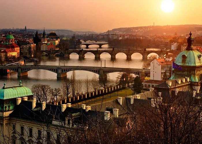 2 napos hétvégi városnézés Prágában, buszos utazással, 3*-os szállással, félpanzióval, idegenvezetéssel