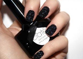 Ciate kaviáros manikűrszett fekete alaplakkal, fekete gyöngyökkel és felvitelt könnyítő ecsettel