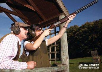 Agyaggalamb-lövészet 2 választható fegyverrel