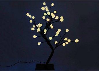 45 cm-es világító fa gömb alakú LED-égőkkel