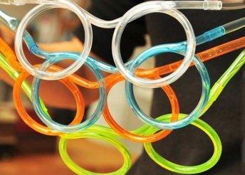 Extra menő és vicces szívószál szemüveg formában