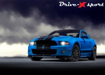 Élményvezetés Mustang GT500 versenyautóval