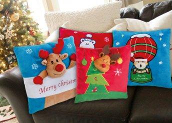 Plüss karácsonyi párna 4 különböző motívummal