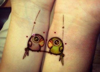 Páros tetoválás a Tattoo Barlangban