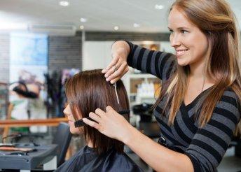 Női hajvágás, mosás, balzsamozás és szárítás