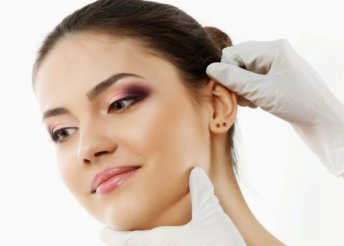 Fülkilövés allergénmentes fülbevalóval