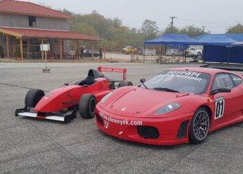 Formula Renault 2 versenyautó-vezetés