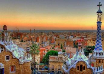 Akár 4 nap Barcelonában a H10 Casanova****-ban