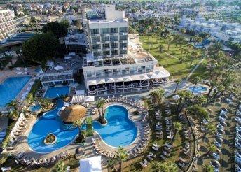 Nemesi kényelem 5*-os hotelben, Cipruson – 8 nap félpanzióval és repülőjeggyel 2 főnek