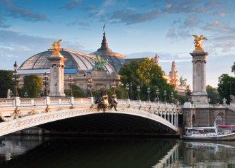 Városnézés Párizsban édes kettesben