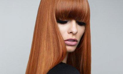 Keratinos hajegyenesítés újjáépítő kezeléssel