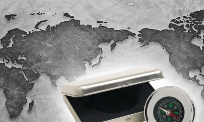 Navigation elegáns iránytű