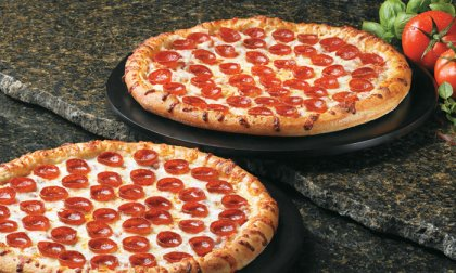 Bowling és 2 pizza a Római-parton