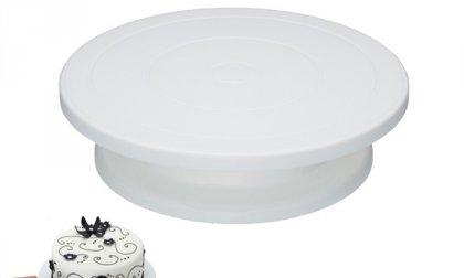 Forgatható torta állvány