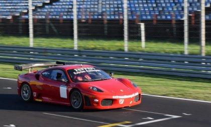 Száguldj Ferrarival és Formula Renault-val