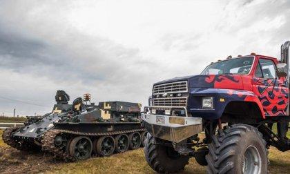 Valódi tank és Monster Truck Big Foot élményvezetése