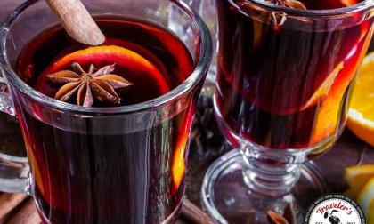 2x2,5 dl forralt bor a Traveler's Bistróban