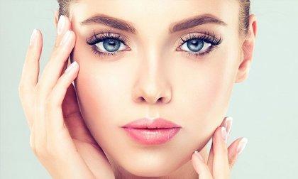 Sejtöregedés-gátló kezelés és mikrokeringés-javítás teljes arcon a Luxury Body Care & Nails-től