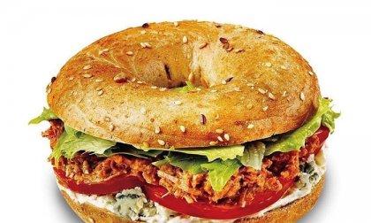 Pulled pork bagel fantasztikusan omlós sertéshússal a belvárosi Helyszínben