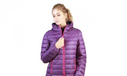 Geographical Norway dzseki Andy_woman_purple